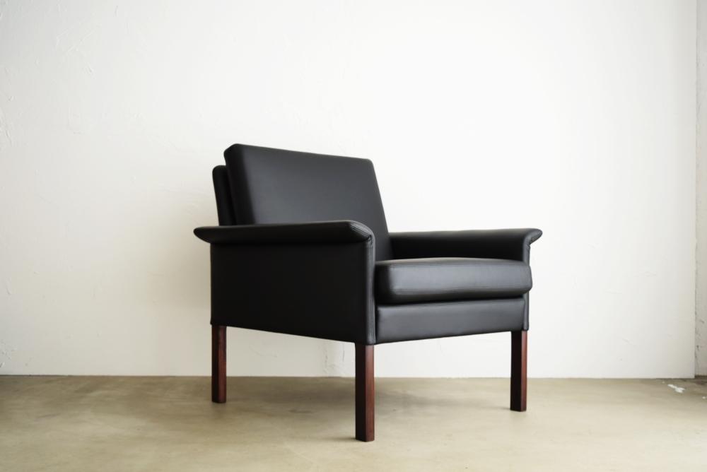 Hans Olsen Model 500 easy chair