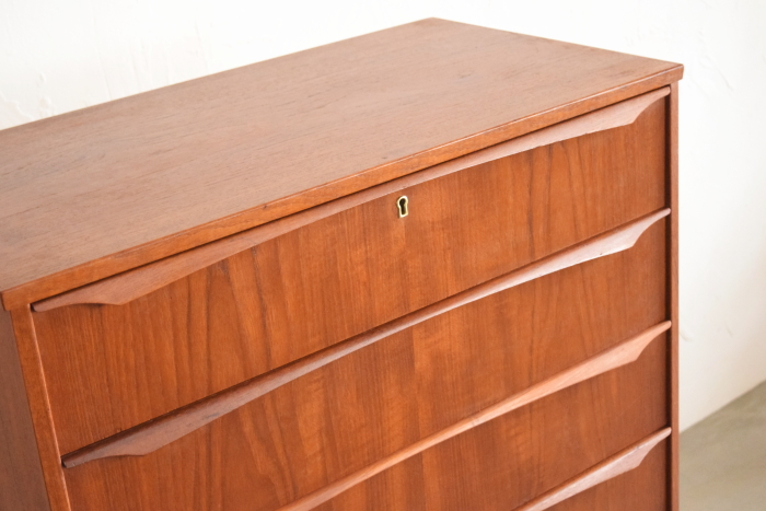 Chest of 6drawers