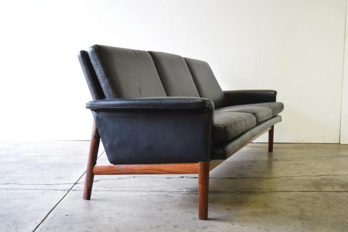 Finn Juhl Jupiter Sofa
