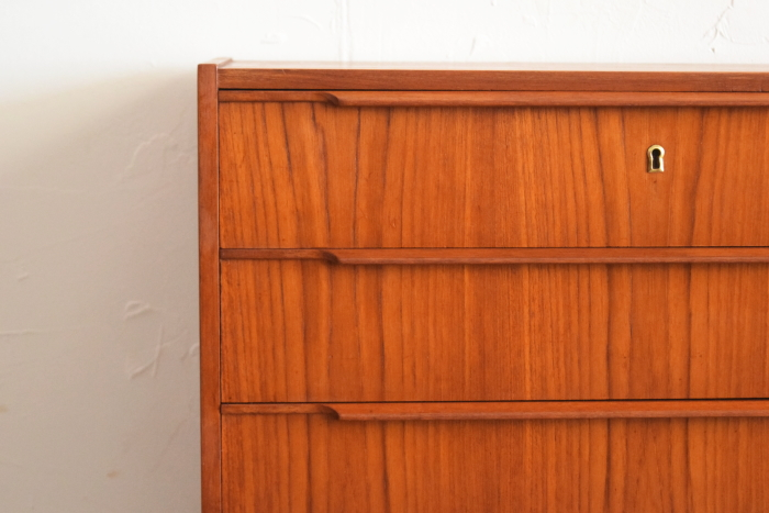 Chest of 4drawers