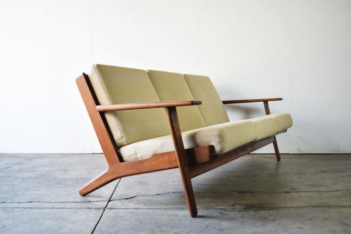 Hans J Wegner GE290 Sofa Smoked Oak