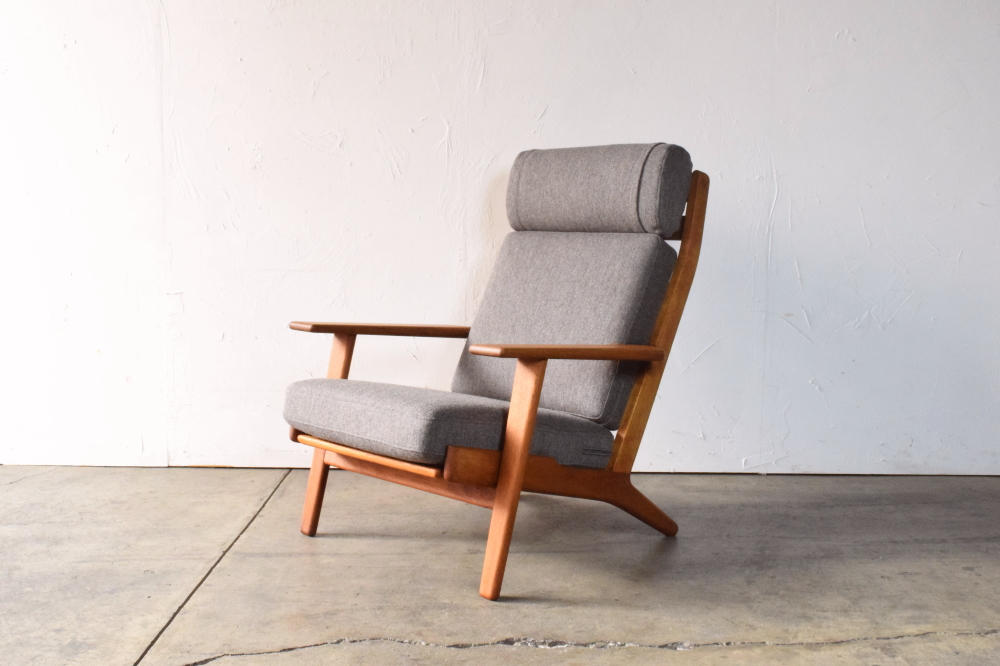 Hans J Wegner GE290A Highback easy chair